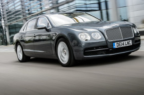 Bentley Flying Spur V8 | Foto: Bentley