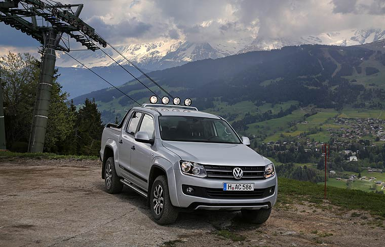volkswagen amarok canyon martialischer. Black Bedroom Furniture Sets. Home Design Ideas