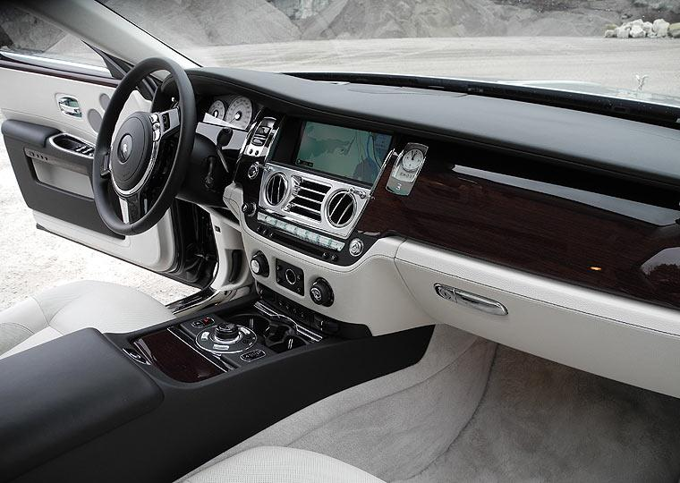 RollsRoyce Ghost Cockpit